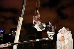 Chicago, Illinois: the Christopher Columbus statue is removed from Grant Park