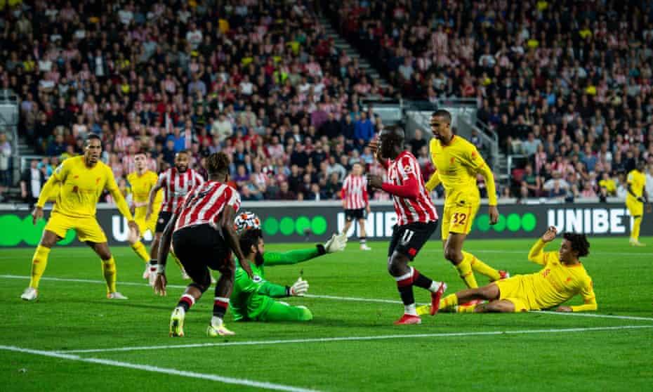 Yoane Wissa scores Brentford's third goal against Liverpool