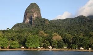Lapa village under the rock tower of Joaõ Dias Filho