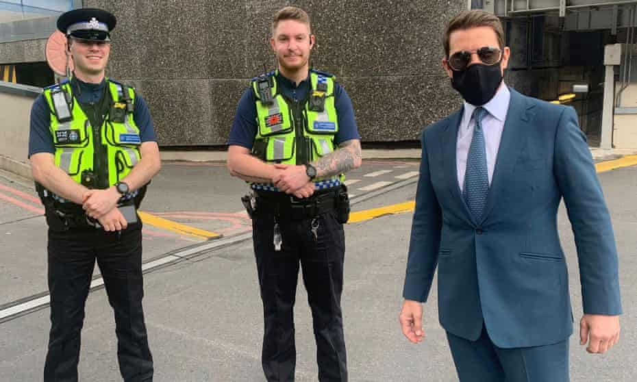 Tom Cruise with British Transport Police officers at Birmingham New Street station