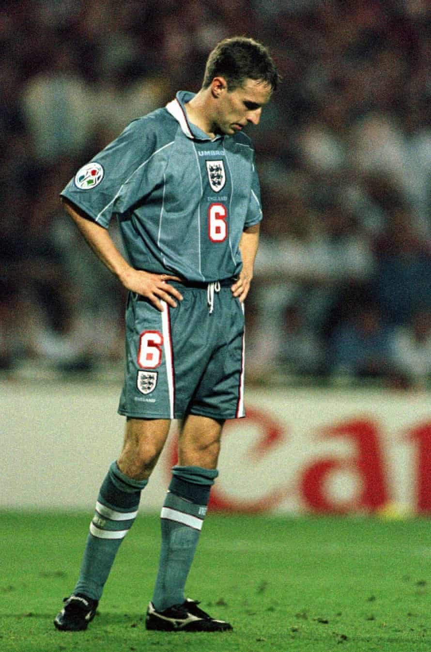 England's Gareth Southgate bows his head after missing from the spot during the Euro96 semifinal
