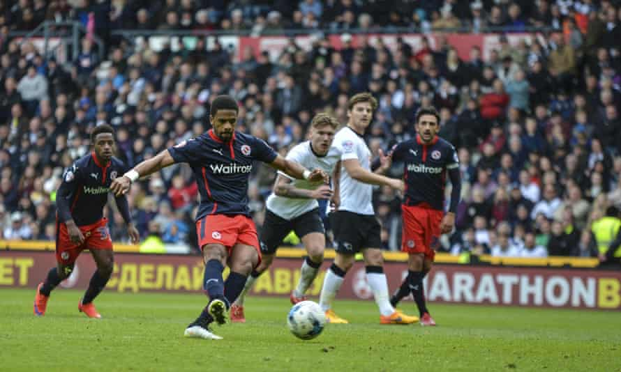 Garath McCleary scores Reading's third goal of the game as they defeated Derby