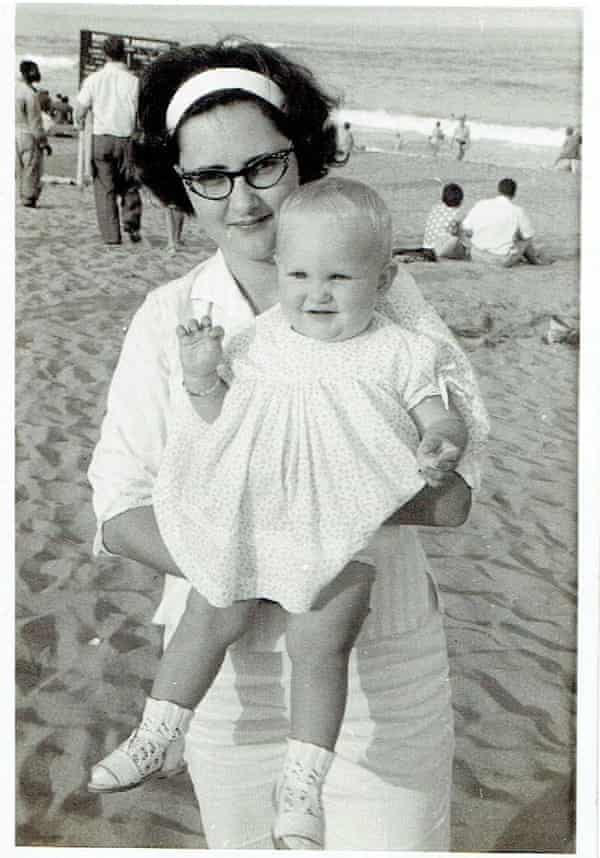 Fiona Darroch as a baby, with her mother