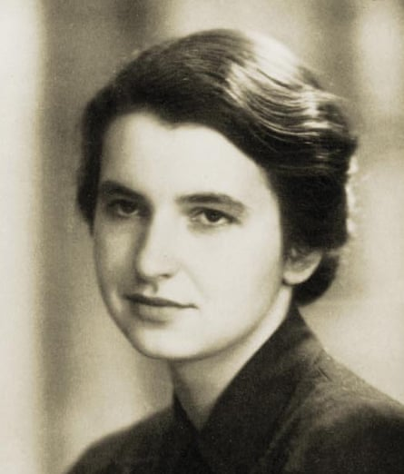 Rosalind Franklin, the scientist who helped discover the structure of DNA, studied at Newnham college, but was not able to graduate.