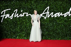 Cate Blanchett wearing Giorgio Armani. The actor joined Julia Roberts to present Giorgio Armani with the outstanding achievement award