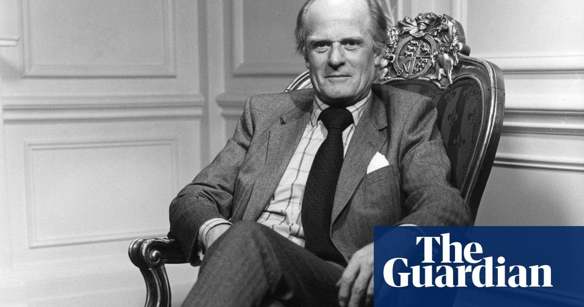 Sir John Tooley obituary