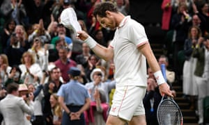 Murray doffs his cap to the crowd.