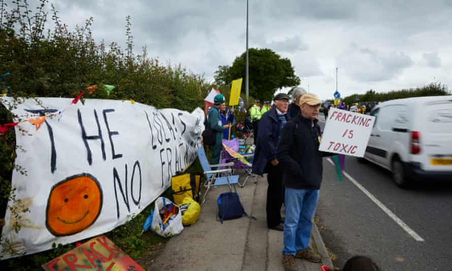 Anti-fracking protesters at Little Plumpton.