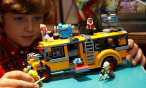 A Paranormal Bus 3000 from the Lego Hidden Side range