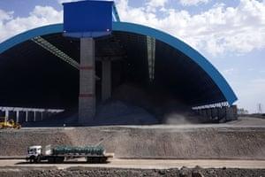 Oyu Tolgoi mine, Khanbogd Sum