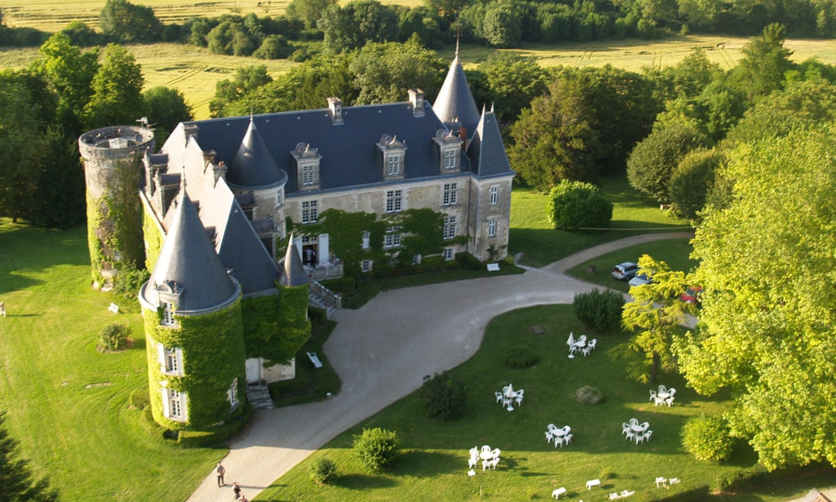 French ch teaux 10 princely stays at affordable prices for Chateaux in france to stay