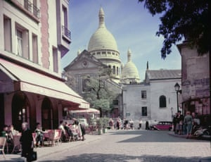 Place Du TertreA view of the cathedral of Sacre-Coeur from the Place Du Tertre, Montmartre, Paris, circa 1950. (Photo by Pictorial Parade/Hulton Archive/Getty Images)