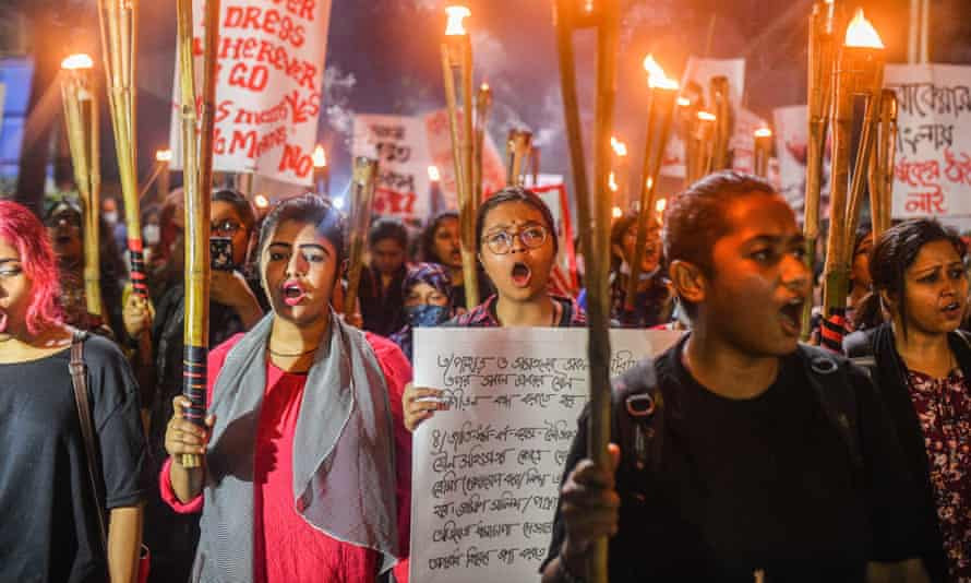 Protesters demand justice on 14 October for the alleged gang-rape and torture of a woman in in Dhaka.