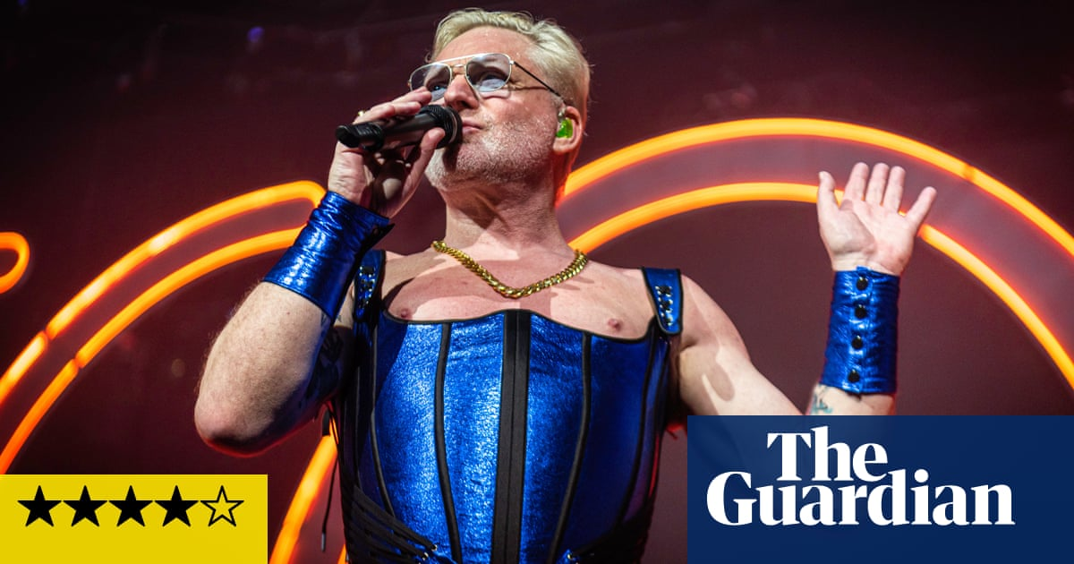 Erasure review – a heady cocktail of corsets and classics