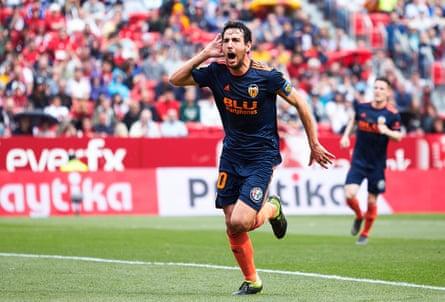 Parejo celebrates scoring for Valencia at Sevilla earlier this season.