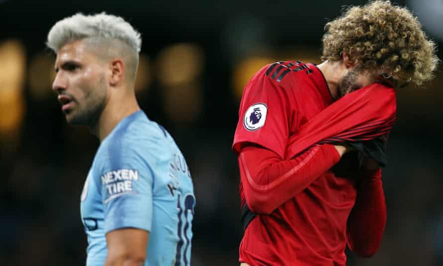 Marouane Fellaini sums up Manchester United's misery on Sunday.
