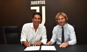Gianluigi Buffon re-signs for Juventus