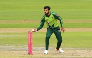 Shadab Khan removes the bails to run out Dawid Malan.