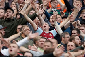 West Ham fans singing just before kick off