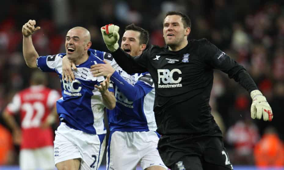 Stephen Carr, Barry Ferguson and Ben Foster celebrate at Wembley.