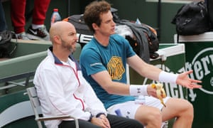 Jamie Delgado chats with Andy Murray at Roland Garros last week.
