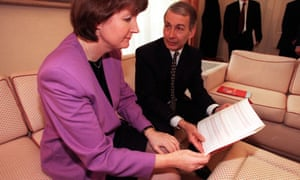 As welfare reform minister, Field clashed with cabinet ministers including Harriet Harman.