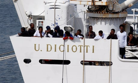 Standoff in Italian port as Salvini refuses to let refugees disembark