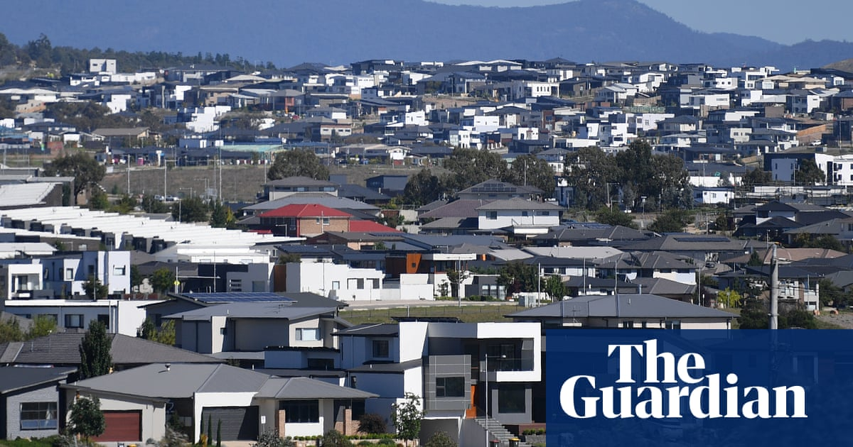 Record low interest rates until 2024 could deepen divisions between Australia's haves and have-nots