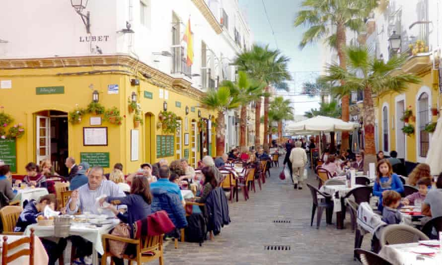Eating out in Cadiz.