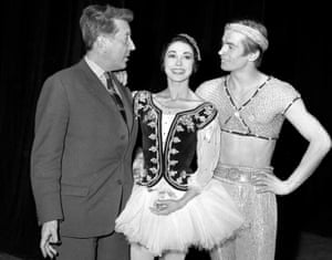 Unflattering … Frederick Ashton, Margot Fonteyn and Rudolf Nureyev rehearse for Le Corsaire in London, in 1962.