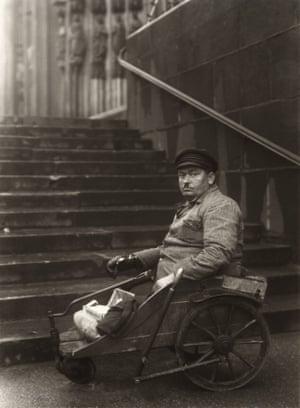 August Sander Kriegsinvalide (Disabled Ex-serviceman) ca 1928