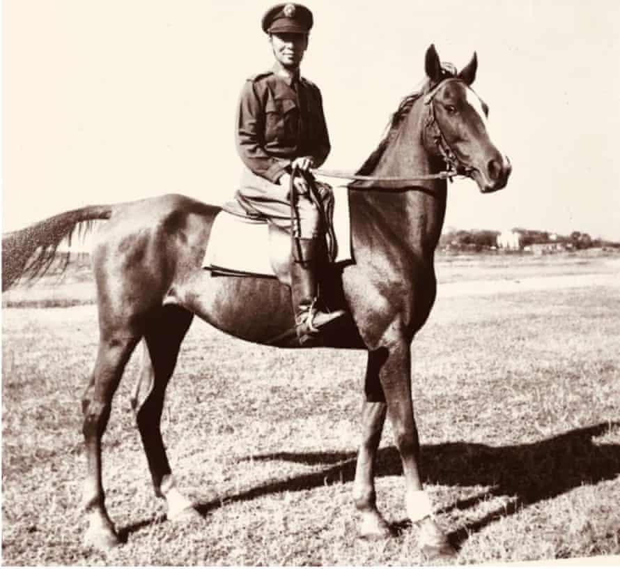 Li Yin-wo on horseback in the 1940s.