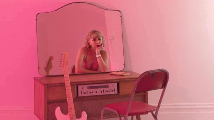 Australian singer songwriter Le Pie.