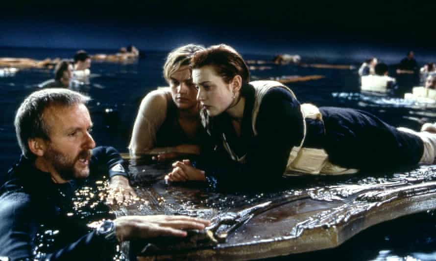 James Cameron with DiCaprio and Winslet on the set of the film