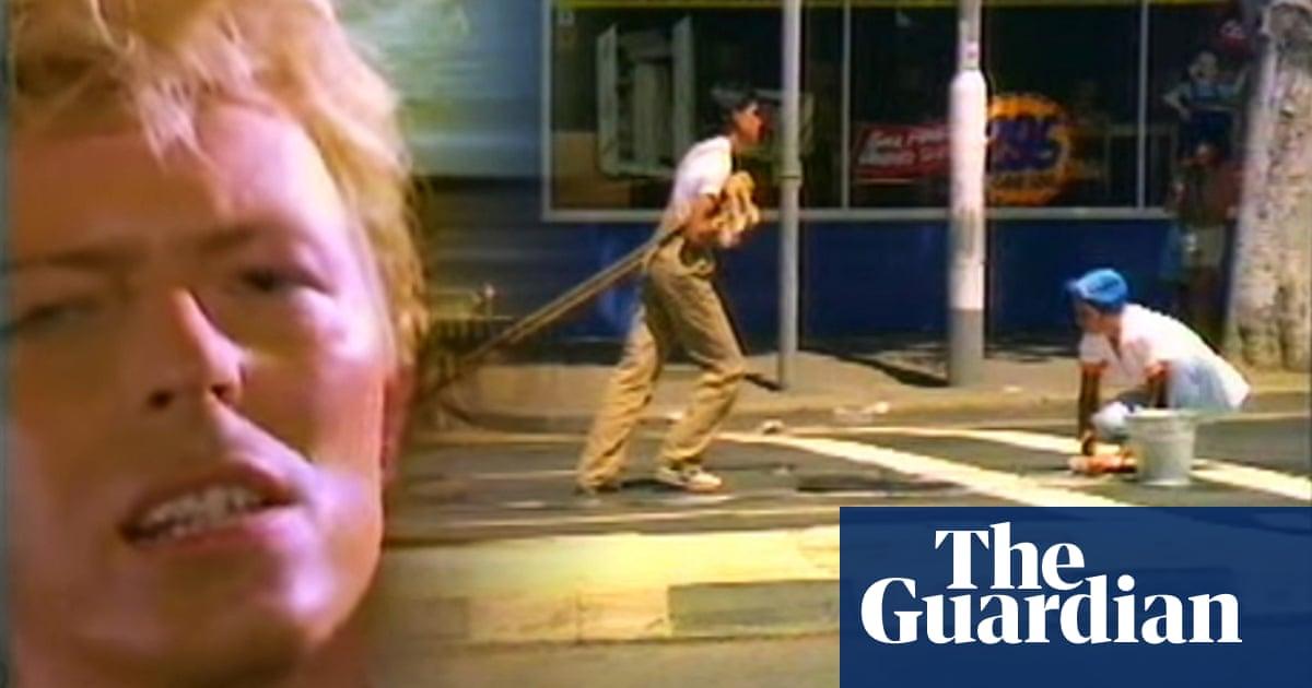 How David Bowie S Let S Dance Shone A Light On Australia S Indigenous Struggle David Bowie The Guardian