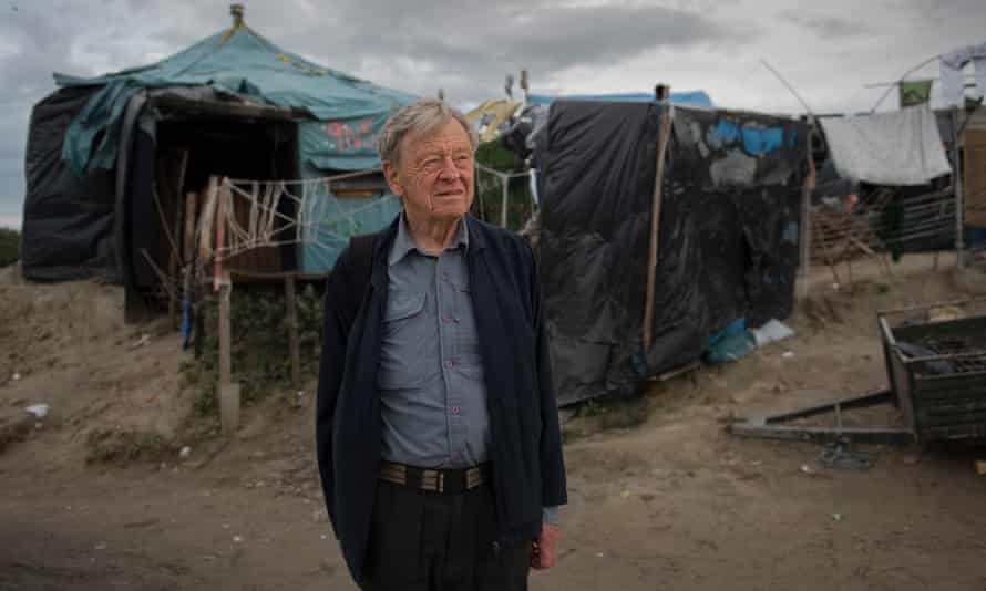 Lord Dubs in the Calais refugee camp