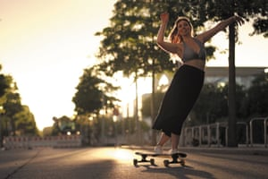 Longboarder Giulia Alfeo in Berlin, from the film Longboard Dancing (director of photography Axel Massin)