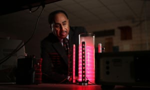 Professor Ronald Mallett looking at his prototype 'ring laser' device in Horizon: How to Build a Time Machine.