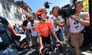 Marianne Vos briefly took minds off the Tour de France in Pau.