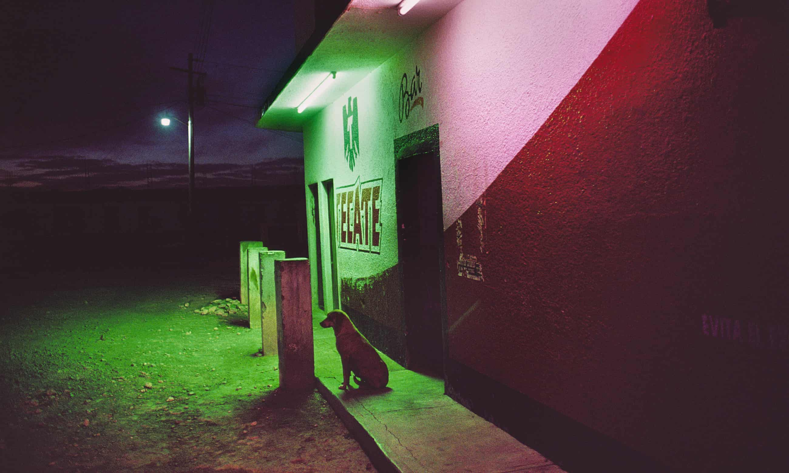 La Calle: Magnum photographer Alex Webb's images of Mexico – in pictures