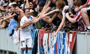 Lisa De Vanna scored in Melbourne City's W-League grand final win over Sydney FC but she is yet to firm up plans for her future at the club.