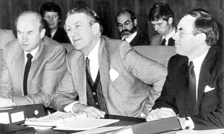 (AUSTRALIA & NEW ZEALAND OUT) From left, Minister for Primary Industry Peter Nixon, Prime Minister Malcolm Fraser and Federal Treasurer John Howard at the Premiers' Conference at Parliament House, Canberra, 19 June 1981. SMH Picture by STAFF (Photo by Fairfax Media/Fairfax Media via Getty Images)