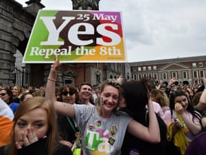 Crowds in Dublin hail the result of the Irish referendum on the Eighth amendment on 26 May 2018.