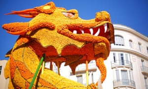 Lemon Festival, Fete du Citron, Chinese dragon made of lemons and oranges