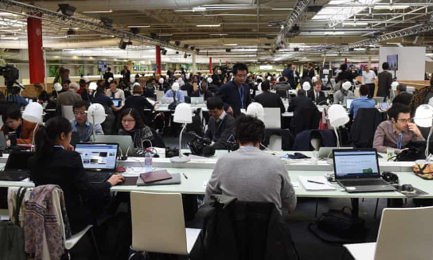 Delegates from the UK, US, France, Switzerland and several other countries have become victims of a hacking attack at the UN climate summit in Paris.