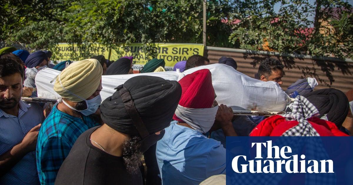 Two teachers shot dead by militants in Kashmir school