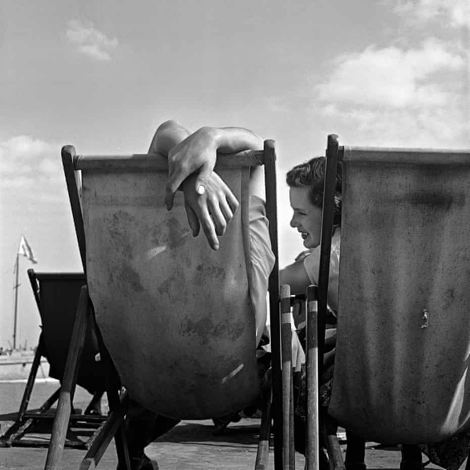 Southend-on-Sea, 1954 by Jane Bown.
