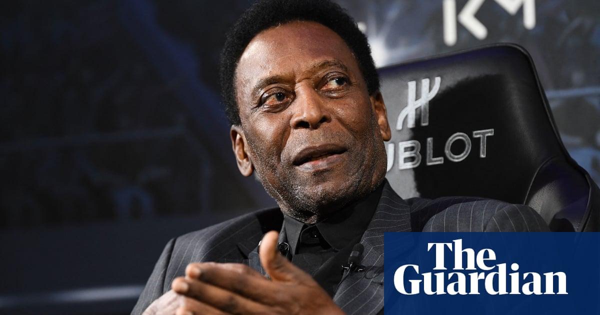 Pelé in hospital in Brazil for routine exams