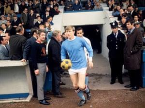 Colin Bell mène Manchester City en 1967.