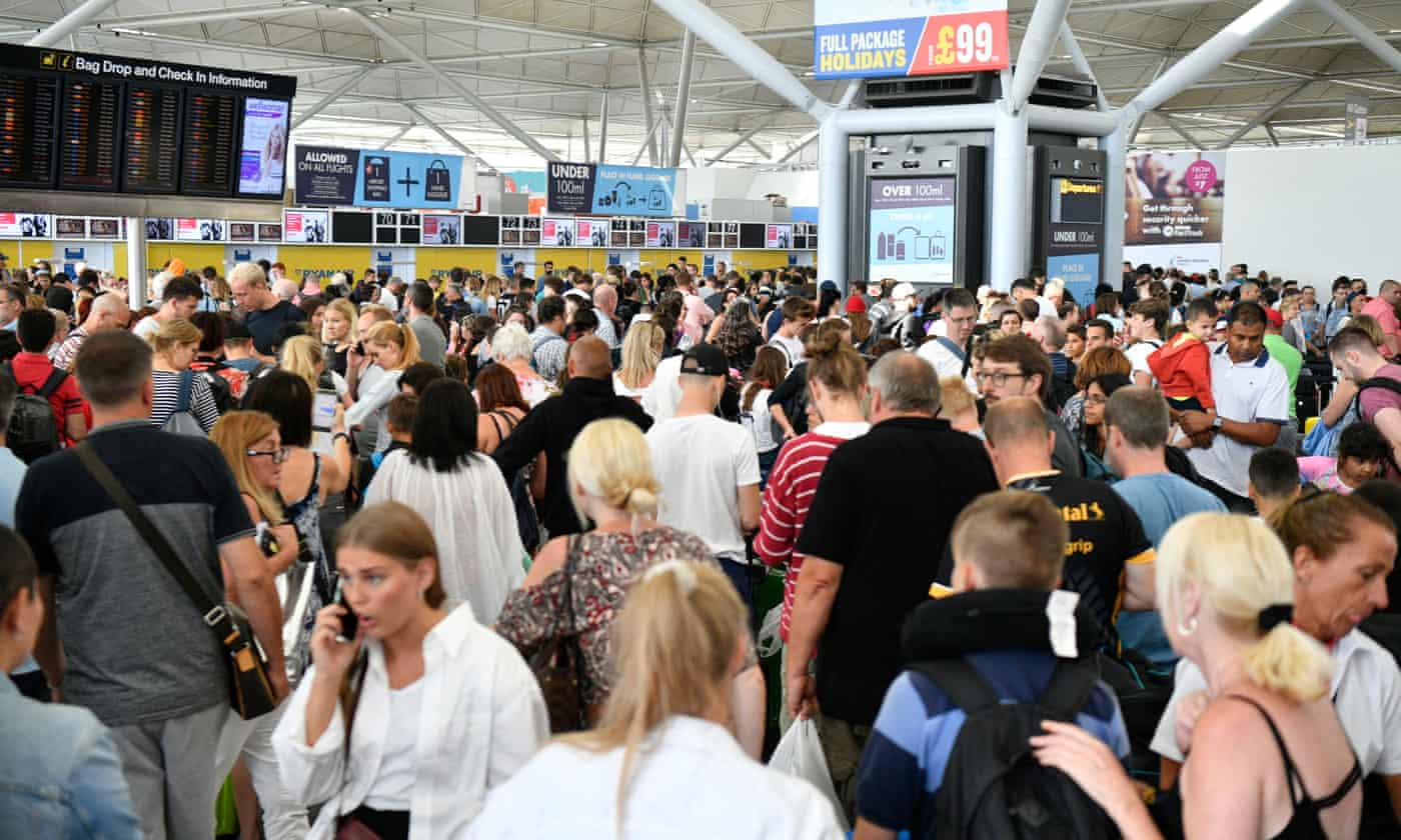Airline punctuality at UK airports nosedives, finds Which?